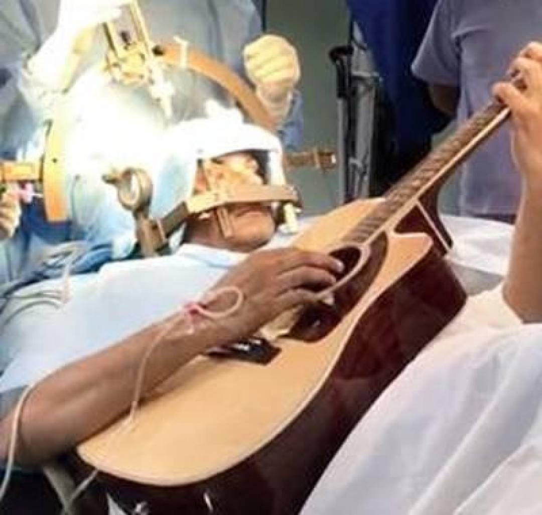 newbangalore+man+guitar+surgery.jpg