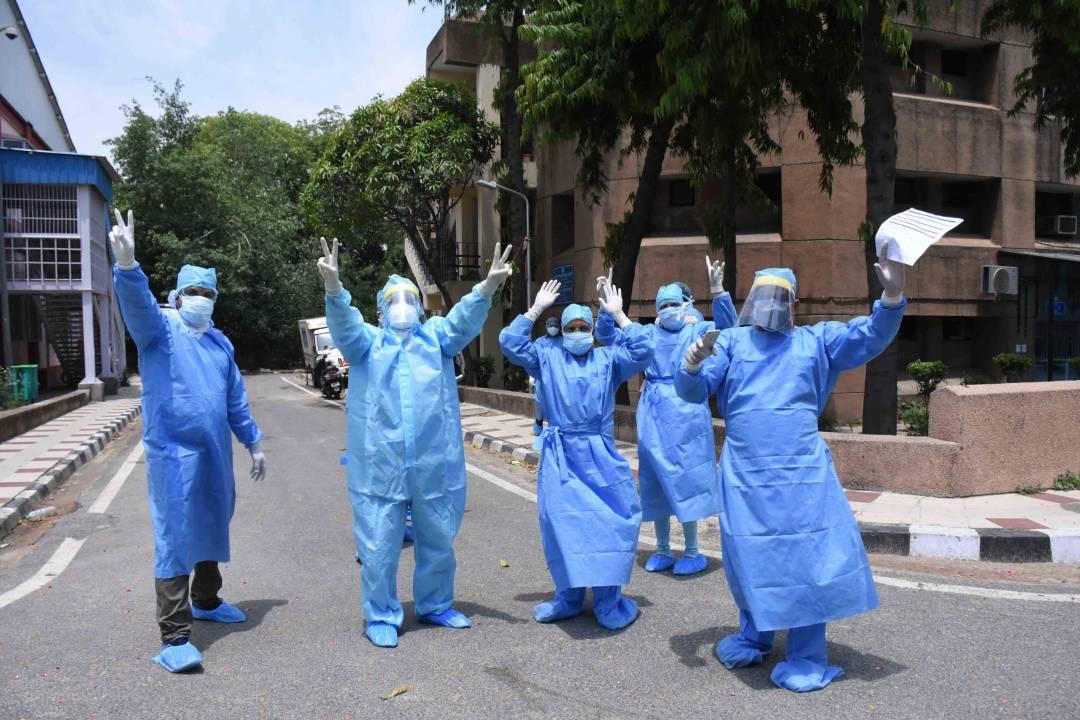 newHealth-workers-in-Delhi-UNI-3-scaled.jpg