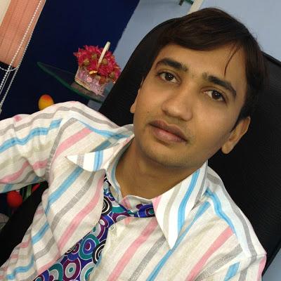 Dr. Mayur Siyani