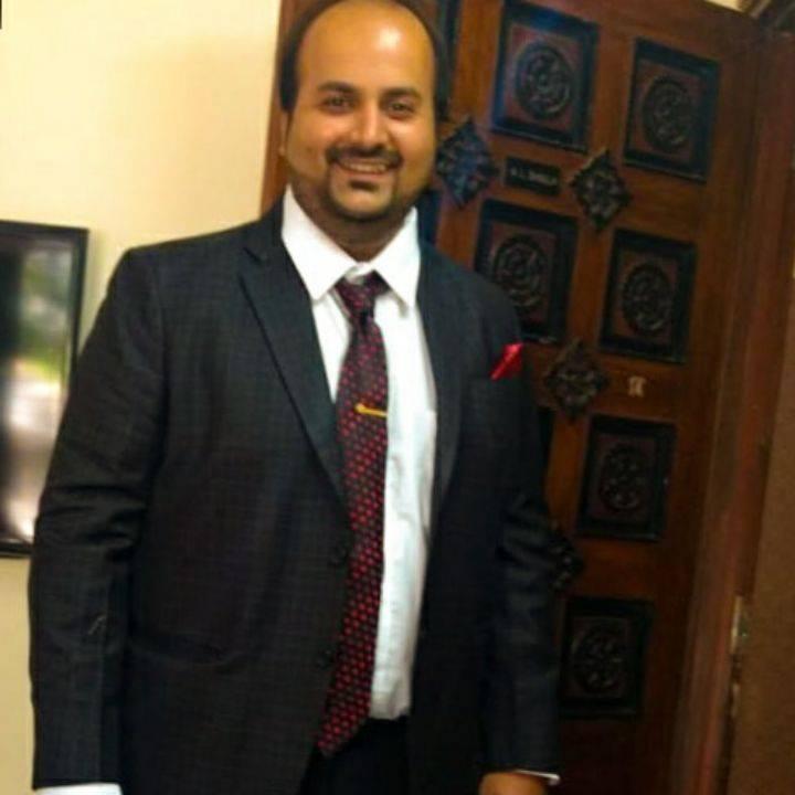 Dr. Viral Nanda
